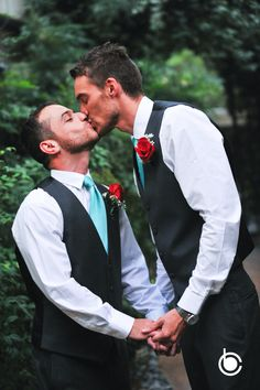 So sweet!  #cashmanbrothers #lgbt #lvphotographer