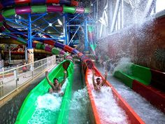 Wisconsin Dells water park slides offer a winter thrill