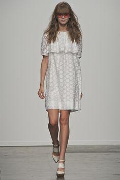 Karen Walker - Spring Summer 2013 Ready-To-Wear - Shows - Vogue.it