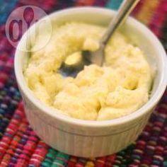 Mousse de milho-verde @ allrecipes.com.br - Mousse de milho-verde sem ovo, com chantilly e gelatina, super fácil de fazer. Leva só 4 ingredientes e fica uma delícia.