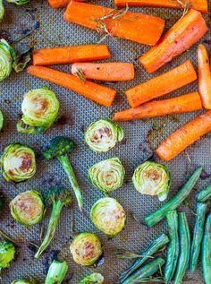 Lemon Rosemary Coconut Oil Roasted Vegetables #vegan  #Brussels_sprouts #carrots