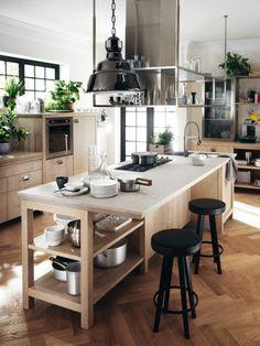 cuisine en l avec ilot, hotte suspendue et équipement en bois Boho Kitchen, Kitchen Sets, Rustic Kitchen, Kitchen Decor, Rustic Industrial, Modern Rustic, Küchen Design, House Design, Herd