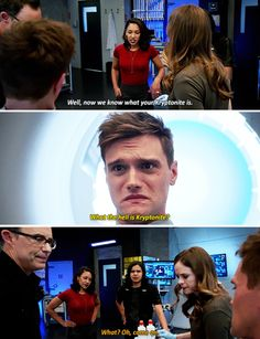 """The Flash"" ""What the h*ll is kryptonite"" -Ralph being stupid and Cisco's face like- "" really man you never heard of Superman? Dc Comics, Heros Comics, Superhero Shows, Superhero Memes, The Cw Shows, Dc Tv Shows, Supergirl Dc, Supergirl And Flash, The Flashpoint"