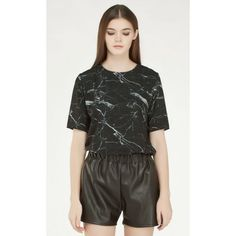 STATUA MARBLE BLOUSE IN BLACK Price : RM99 #yoloveitmy #yoloveitmalaysia #black #marble #blouse #shortsleeve #above50 #cool