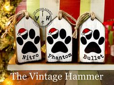 Homemade Christmas Decorations, Personalized Christmas Ornaments, Christmas Crafts, Christmas Timer, Christmas Ideas, Wood Signs Sayings, Cat Signs, Diy Snowman, Custom Wood Signs