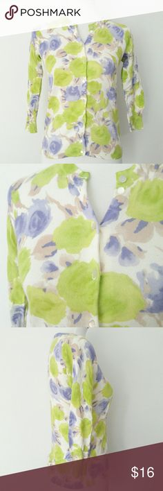 """J. Crew Cardigan 100% Cotton Floral Print The Clare Cardigan J. Crew Cardigan in size Small. 100% Cotton. Floral Print.  Pearl Buttons. 3/4 sleeves. In great condition!  Bust: 17"""" Length: 21"""" J. Crew Sweaters Cardigans"""
