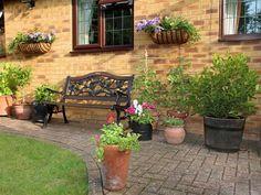 Каким сделать дизайн внутреннего дворика на даче – фото идеи