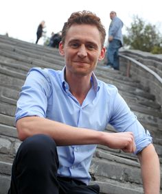 Tom Hiddleston on The Great Wall on October 12, 2013 in Beijing, China [11x HQ]