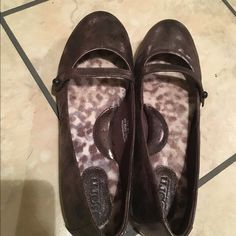 Born flats Born flats. Brown in color. Never worn. Bought from Dillard's. Does not come with box. Size 7.5. Born Shoes Flats & Loafers