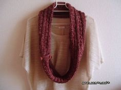 Puff Cluster Button Cowl