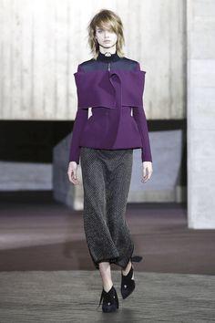 Roland Mouret Ready To Wear Fall Winter 2017 London