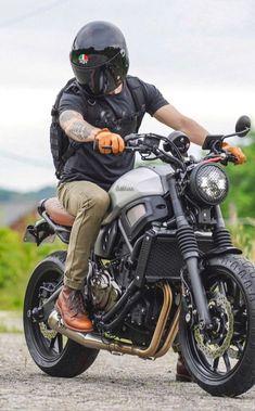 Bobber, Cafe Racer Motorcycle, Moto Bike, Motorcycle Style, Motorcycle Outfit, Motorcycle Girls, Motorcycle Helmets, Vintage Motorcycles, Custom Motorcycles