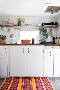"""The """"Sorta Scary to Sweetly Stylish"""" Camper Makeover — Decorating & Remodeling Project 