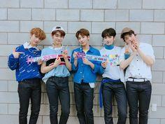 "TXT makes an amazing debut on ""Billboard Chart"" - TXT - Info Korea Taemin, Shinee, Bts Memes, Memes Br, Mtv Video Music Award, Mamamoo, Nct 127, Kai, Hit Boy"