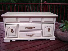 Vintage London Leather Jewelry Box Painted by littlebitvintage2, $35.00
