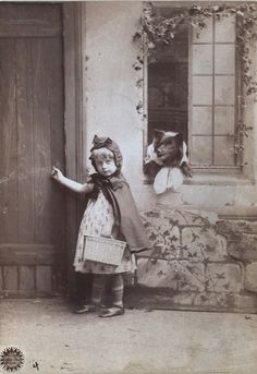 Little Red Ridding hood and The Little, Not So Bad Wolf Antique Photos, Vintage Pictures, Vintage Photographs, Old Pictures, Old Photos, Vintage Images, Victorian Photos, Vintage Dog, Vintage Children