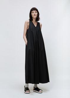 MM6 Maison Margiela V-Neck Pleated Jumpsuit (Black)
