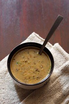 dal recipe made with split black gram and split bengal gram