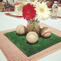 Super Ideas Baby Shower Centerpieces For Girls Flowers Table Runners Softball Party, Baseball Birthday Party, Baseball Themed Baby Shower, Baseball Baby Showers, Vintage Baseball Party, 70th Birthday, Birthday Ideas, Birthday Parties, Boy Baby Shower Themes
