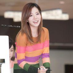 "516 Beğenme, 1 Yorum - Instagram'da Girls Generation Sunny Fanpage (@515sunnyjjang): ""Keep smiling and brighten everyone's day Sunshine!❤ @515sunnyday #sunny #써니 #이순교…"""