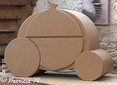 Meuble carton carosse de Cendrillon