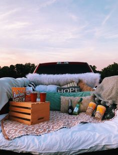 cute date ideas Summer Dream, Summer Fun, Summer Picnic, Summer Nights, Date Nights, Picnic Date, Summer Parties, Winter Fun, Summer Vibes