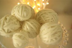 Oleander and Palm: DIY Christmas Ornament: Wool Snowballs