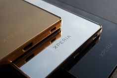 Precision-etched with the Xperia™ mark and finished with a stunning mirror effect on the back, the Xperia Z5 Premium is a major head turner waiting to be noticed. #Singapore #StarHub #Sony