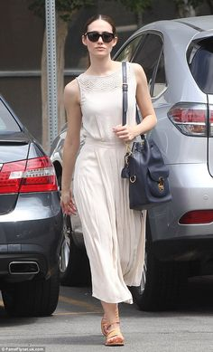 Off-duty chic: The 28-year-old Shameless actress set off her outfit with sandals and a lea...