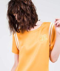 Ellus - BLUSA ROCK SATIN PATCH 72 T-SHIRT | Blusas e Camisas | Feminino