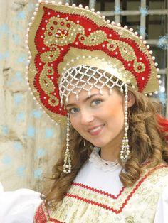 russian kokoshnik headdress   The origin of this headdress up to the end isn't clear.