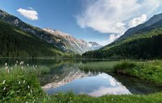 The Jägersee (Lake) is the smaller brother of the Tappenkar Lake and lies below it at an altitude of 1099 m in the Radstadt Tauern in Salzburg in the valley of the Kleinarler Valley.