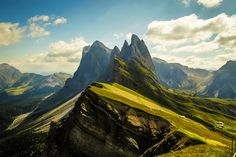 Stunning Dolomites mountains comprises a mountain range in the northern Italian Alps, numbering 18 peaks which rise to above 3,000 metres and cover 141,903 ha. Photo by: David Butali