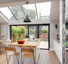 Victorian terrace conversion glass sloped roof victorian homes, luxury home Kitchen Extension Glass Roof, Kitchen Diner Extension, Glass Extension, Kitchen Extension Victorian Terraced House, Orangery Extension Kitchen, House Extension Plans, House Extension Design, Extension Ideas, Extension Google