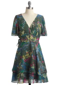 Great dress for spring. Reminds me of the Irish countryside. Lightweight, comfortable and lovely.