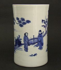 MING PORCELAIN. TRANSITIONAL, Chongzhen Period 1628-1644, Ming Ming Dynasty.   A Fine Transition Blue and White Porcelain Brushpot