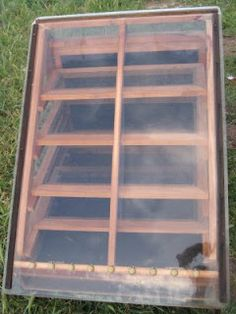 Home made solar dehydrator for drying out your own food. Looks easy to build, I will have to try this out