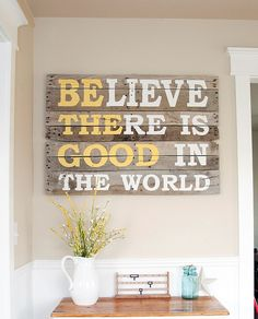 DIY Pallet Projects & Ideas | DIY Pallet Wood Sign | Amazing Do It Yourself Projects Made With Wooden Pallets | Living Room, Bedroom, Indoor and Outdoor, Kitchen, Patio. Coffee Table, Couch, Dining Tables, Shelves, Racks and Benches http://www.thrillbites.com/35-diy-pallet-projects-ideas