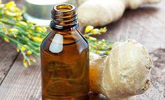(Zentrum der Gesundheit) – Ingwer wirkt gegen Haarprobleme. Ingwer bringt nicht nur eine scharfe Würze in die Suppe, sondern belebt auch Kopfhaut und Haare. In der Traditionellen Chinesischen Medizin und im indischen Ayurveda wird die feurige Wurzel schon seit Jahrtausenden gegen Haarausfall eingesetzt. So wie aus der Ingwerknolle schilfartige Blätter wachsen, können auch aus der Kopfhaut schon bald wieder neue Haare spriessen. Erfahren Sie bei uns, wie schnell Ingweröle und Ingweressig…