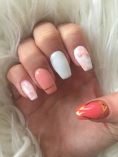 Summer nails flowers and pink marble