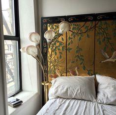 Bedroom inspo ♡ shared by Z. Bella on We Heart It Bedroom Inspo, Bedroom Decor, Interior Architecture, Interior Design, Studio Interior, Interior Styling, Interior Lighting, Design Art, My New Room