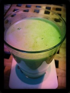 Lime, mint, courgette and cucumber juice