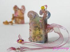 Shrink plastic-Mini book