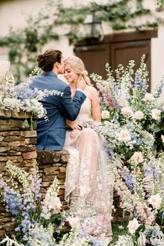 Elegant RiverOaks Charleston Wedding Classic Romantic Wedding, Romantic Wedding Colors, Romantic Wedding Receptions, Ethereal Wedding, Timeless Wedding, Wedding Flowers, Wedding Ideas, Wedding Venues Indianapolis, Round Wedding Tables