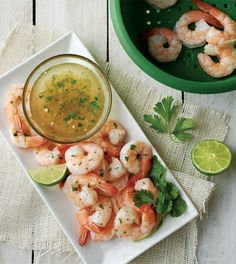 Light done right. Date your Consultant and they can show you how to steam these succulent shrimp in your microwave in about 12 minutes! #smartsteamer #datemerecipe http://lisatucker.my.tupperware.com/