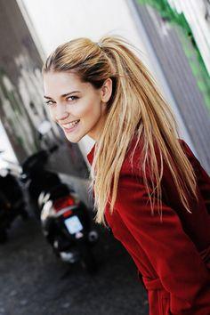 ANJA JOOS MANAGEMENT - Laura Berlin