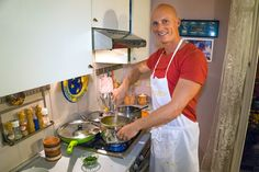 """Don't I Look Professional? - """"How To Cook The Best Italian Risotto In Milan"""" by @ExpertVagabond"""