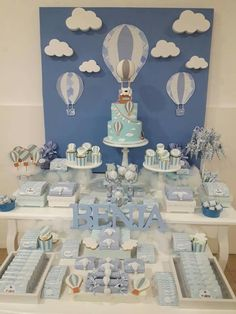 Baby shower boy decorations ideas fun 34 ideas 2019 Baby shower boy decorations ideas fun 34 ideas The post Baby shower boy decorations ideas fun 34 ideas 2019 appeared first on Baby Shower Diy. Deco Baby Shower, Baby Shower Vintage, Shower Bebe, Baby Shower Balloons, Shower Party, Baby Shower Parties, Baby Boy Shower, Baby Shower Decorations For Boys, Baby Shower Themes