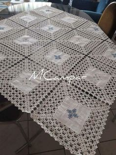 This Pin was discovered by Ter Crochet Borders, Crochet Stitches Patterns, Crochet Squares, Crochet Motif, Crochet Doilies, Crochet Lace, Stitch Patterns, Crochet Owl Blanket, Crochet Bedspread