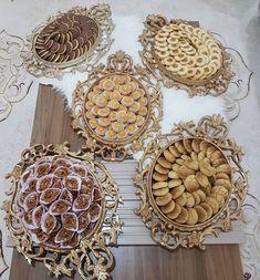 Petit-déjeuner marocain. Goûter marocain. Goûter à la marocaine. Présentation à la marocaine. Moroccan food. Moroccan breakfast. Moroccan tea. Baghrir. Couscous.
